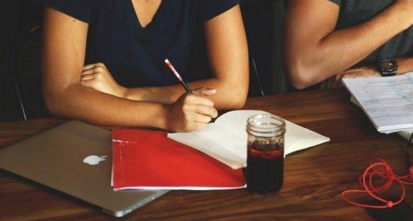 deskworking